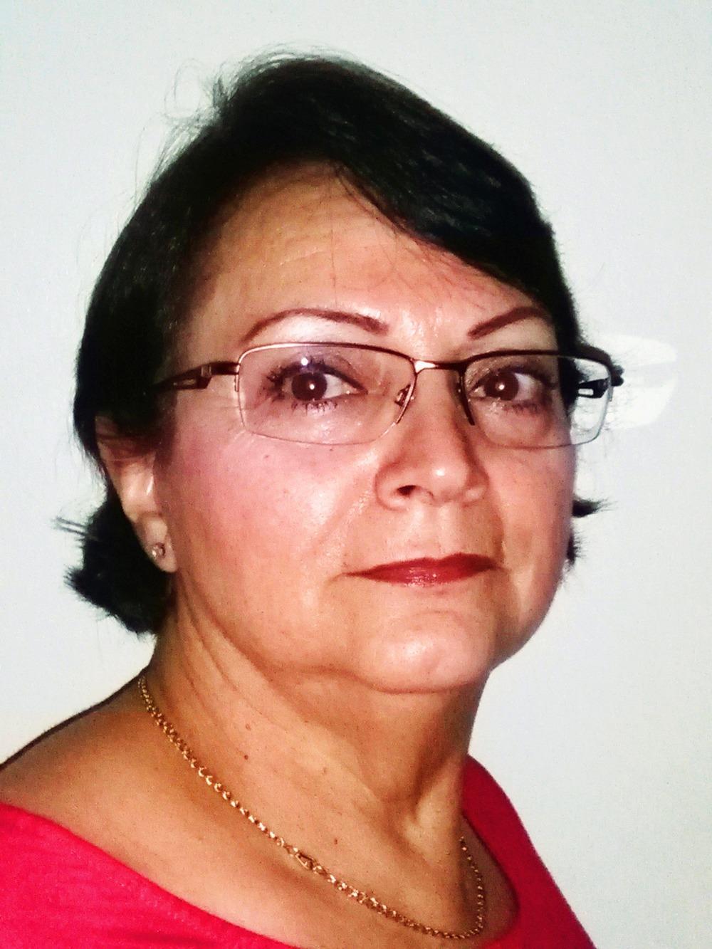 Carmen-Garcia-headshot-b